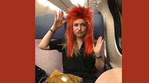 En av dagens klasskompisar fick välja peruk. Photoshop avslöjar hur det skulle sett ut! Foto: Privat Hanna Jacobsson, montage Anna Emanuelss