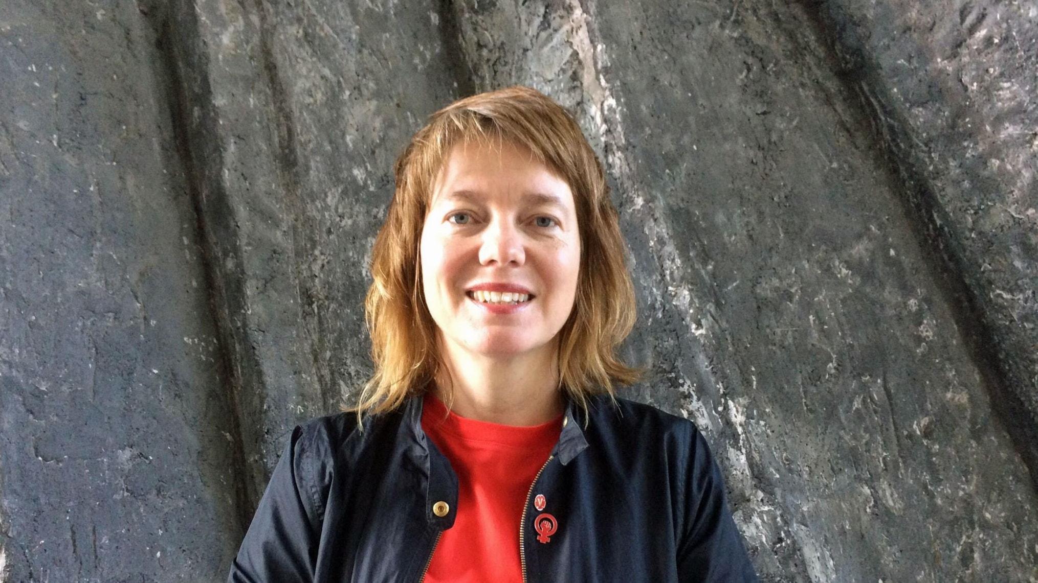 Toppkandidaten Malin Björk (V)frågas ut inför EU-valet