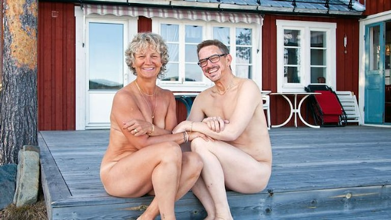 Naken mot cancer. Britta. Superpolitikern. Foto: Lars Westerlund