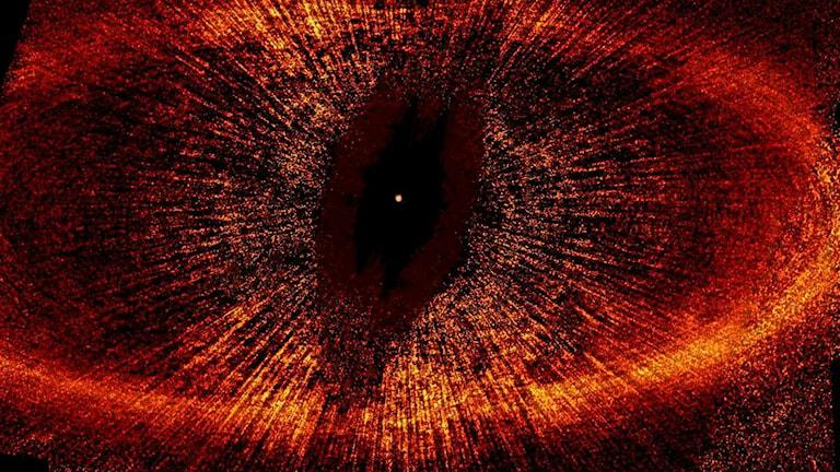 Damm träffas av strålning i rymden = Saurons öga. Liksom, var inte det bara en bok? Foto: Nasa, Rochester.edu