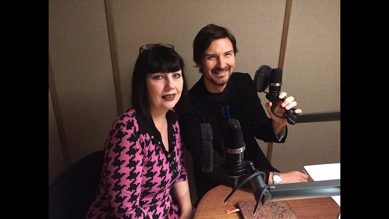 Morgan och Petra i studion.