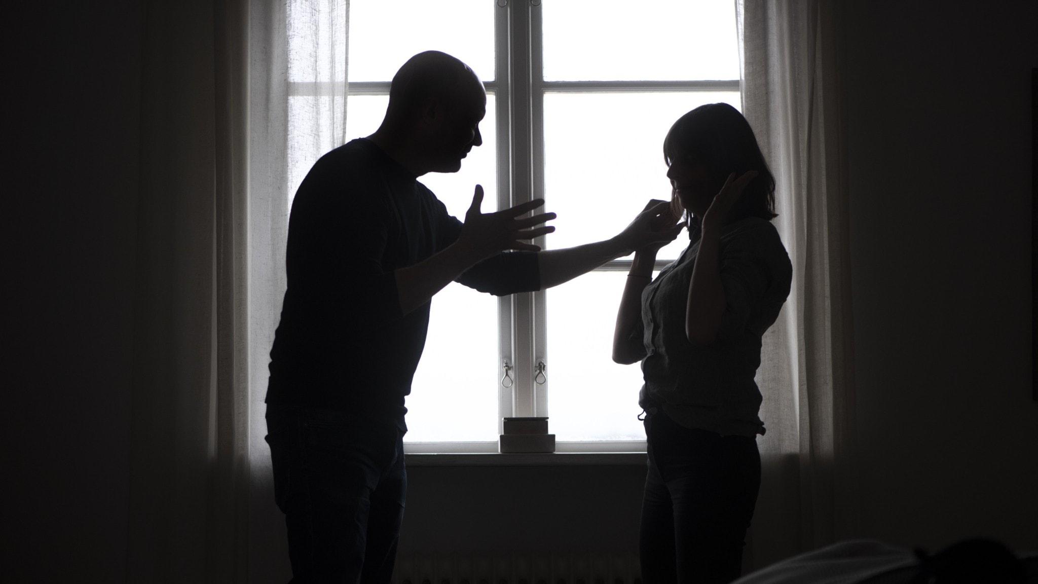 Man är våldsam mot kvinna
