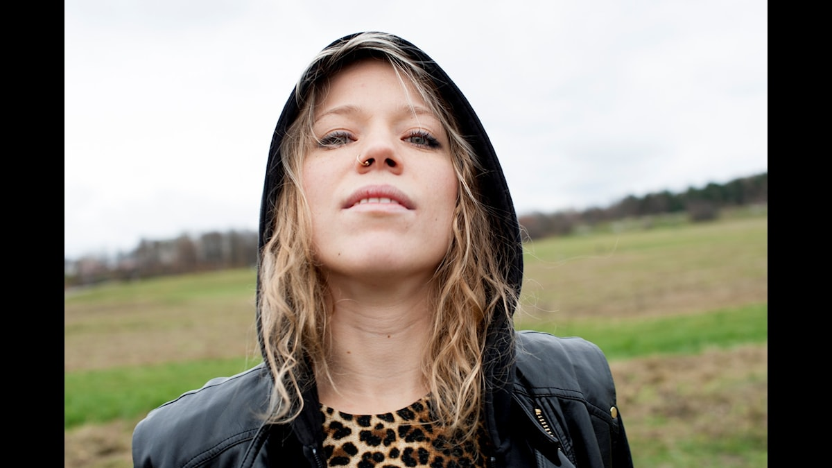 Olivia Bergdahl författare till Hjälten Josef Schulz på fotografiet