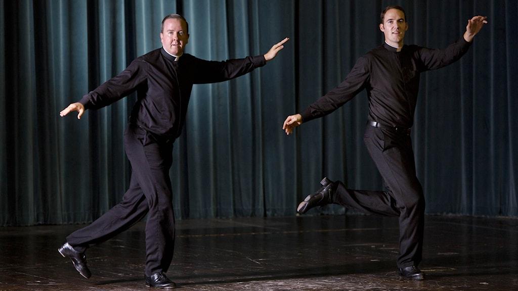 Två steppande män. Foto: Domenico Stinellis/TT.