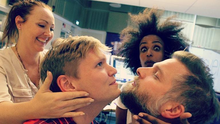 Skägg eller inte skägg!? Debatt mellan Henrik Torehammar, Hanna Hedlund, Marika Carlsson, Måns Lindén. Foto: Ronnie Ritterland / Sveriges Radio