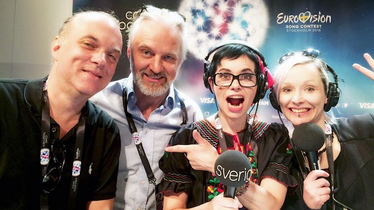 """Försöker den legendariska låtskrivaren Thomas G:son att """"rockifiera"""" Europa? I vårt Eurovisonspecial i dag passar Carolina Norén på att ställa frågan till mannen som faktiskt har inte mindre än TVÅ låtar i final i år."""