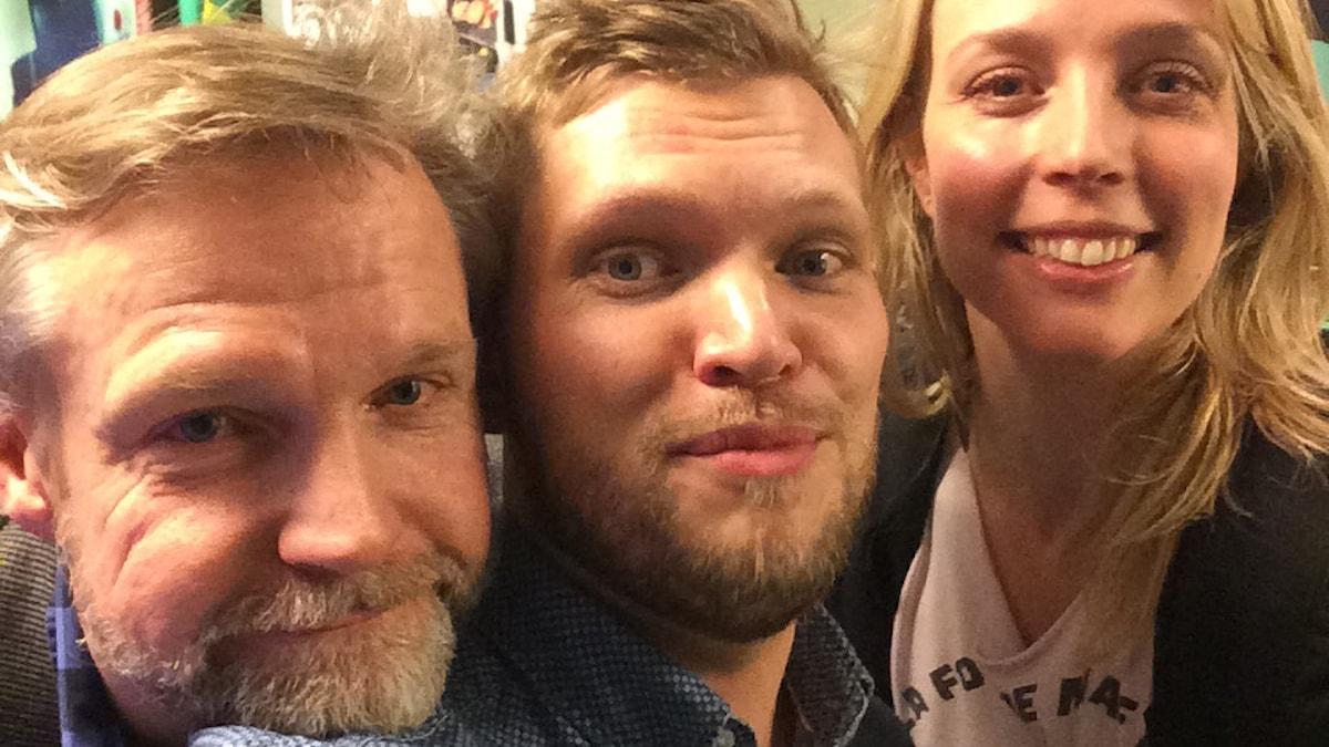 Tomas Ramberg, Henrik Torehammar och Annie Reuterskiöld. Foto: Sveriges Radio.