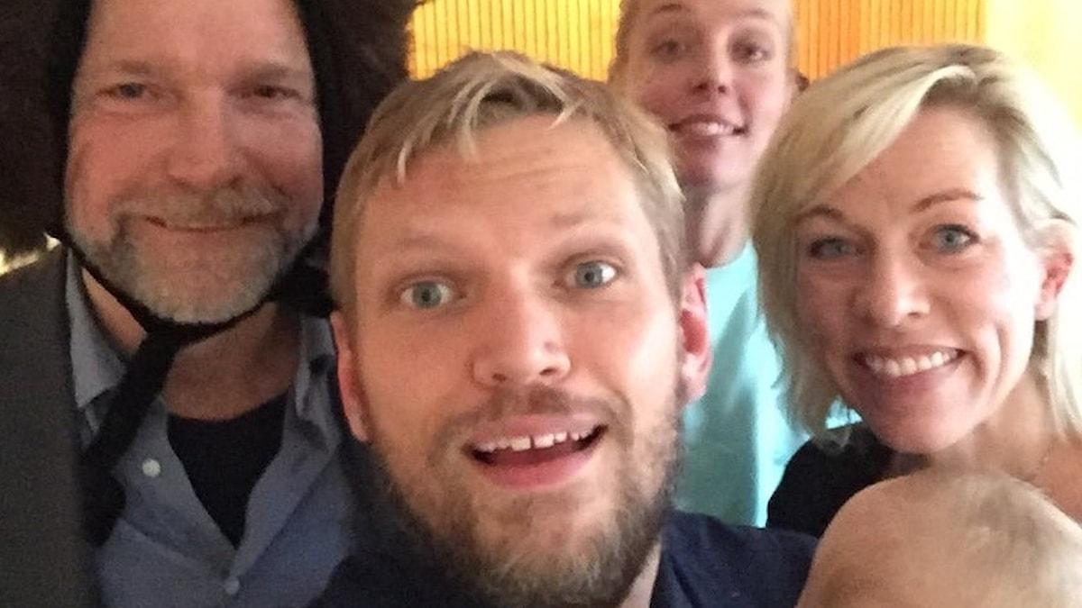 Tomas, Henrik, Annie, Ginna och bebis