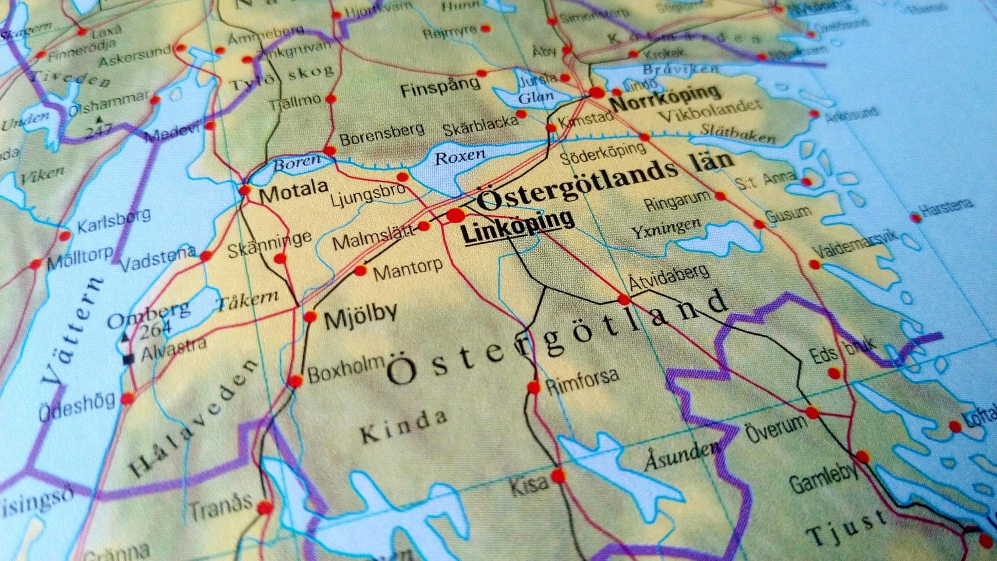 Bilden är en karta över Östergötland.