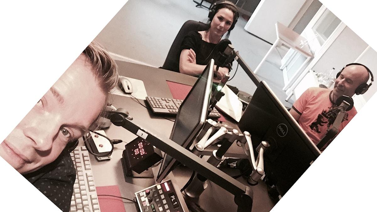 Henrik Johnsson, Nina Hemingsson och Mark Levengood. Foto: Henrik Johnsson/SR.