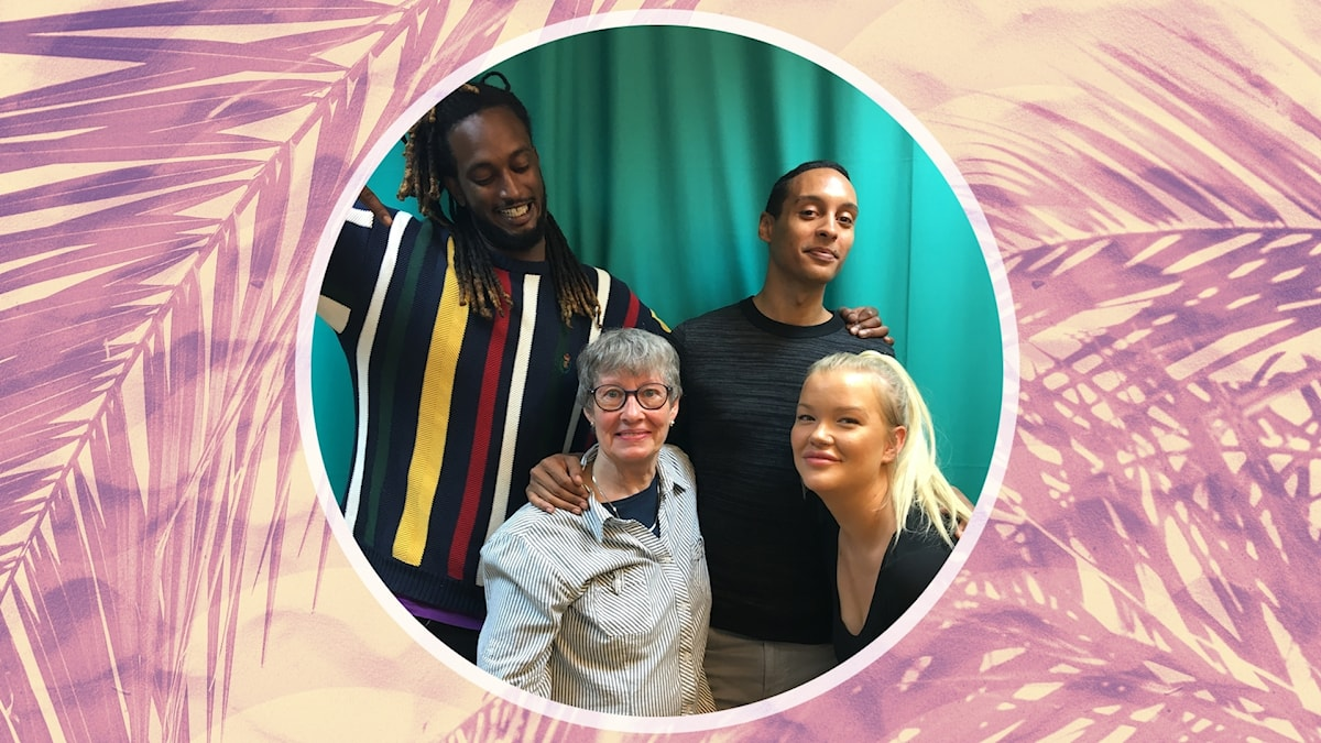 Ahmed, Victor och Isabelle tillsammans med hundpsykologen Karen Sejer Kristiansen