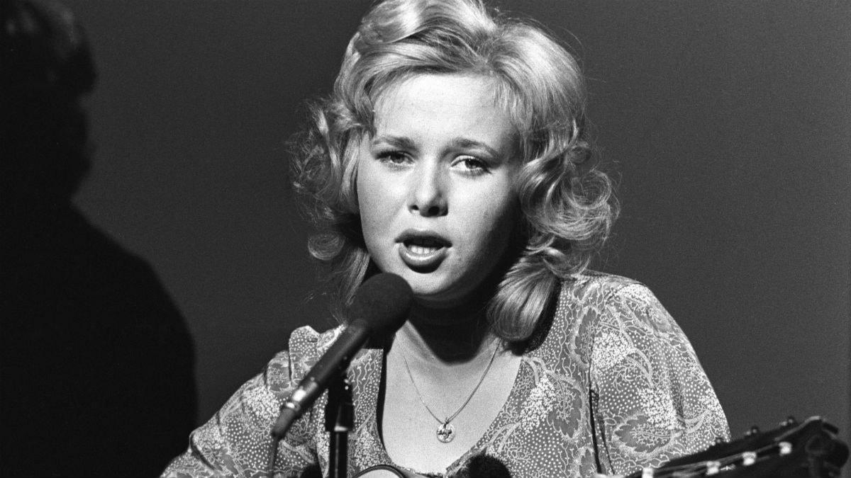 Lena Andersson sjunger om Samarkand i dagens program.