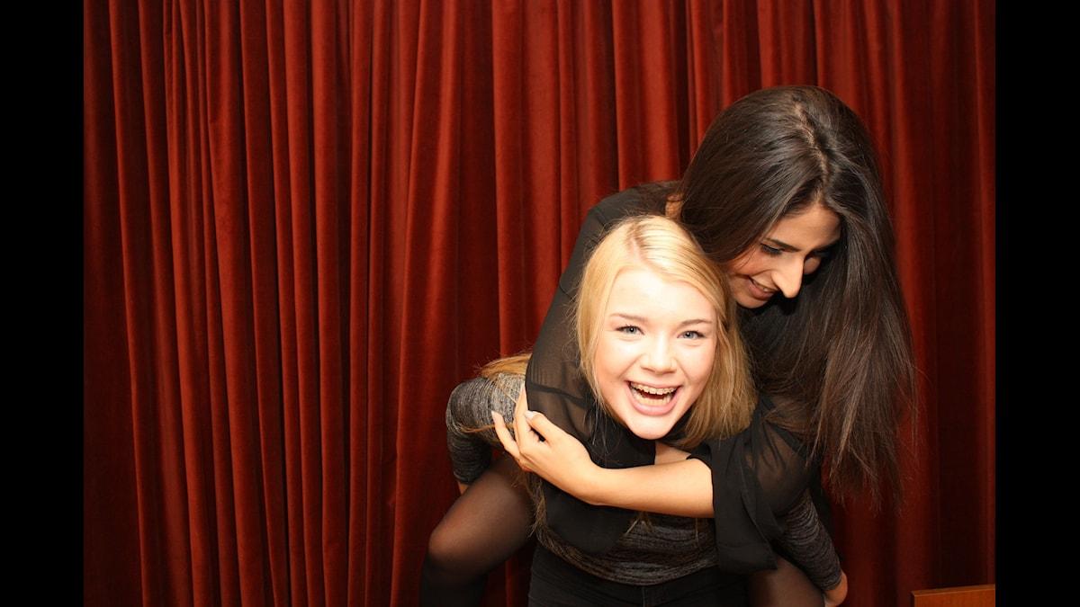 "Kristina ""Keyyo"" Petrushina och Athena Afshari Foto: Lena Resborn / sverigesradio.se"