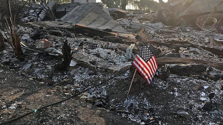 Kalifornien ligger i aska.
