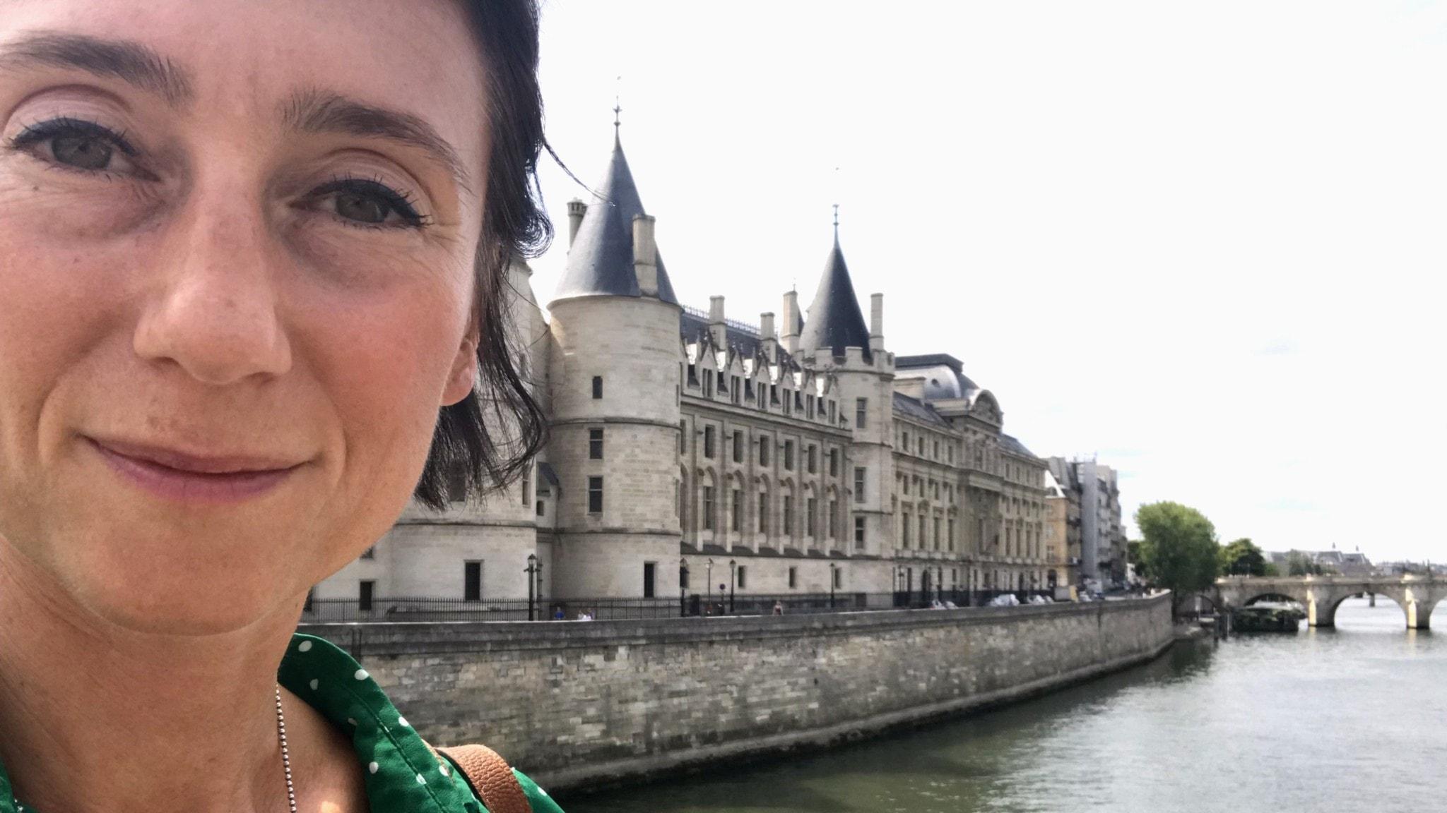 Ett franskt bi med kontakter: Marie Nilsson Boij, Paris