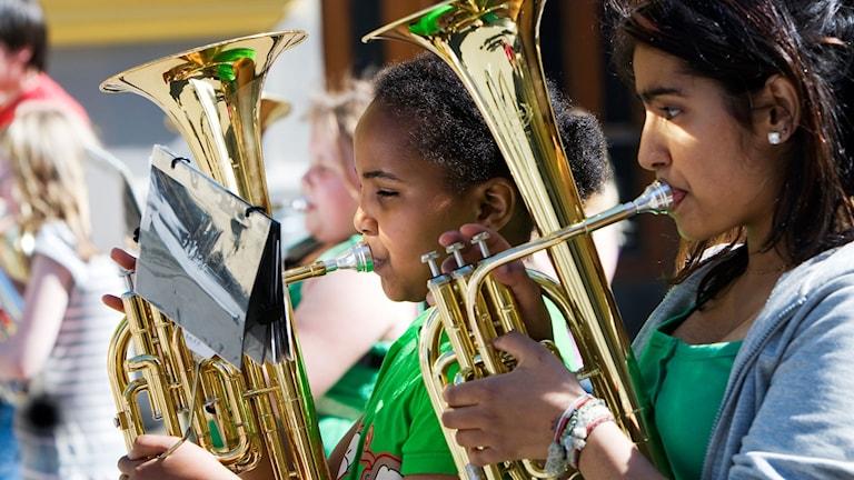Kulturskolans verksamheter kan läggas på barnens fritid.