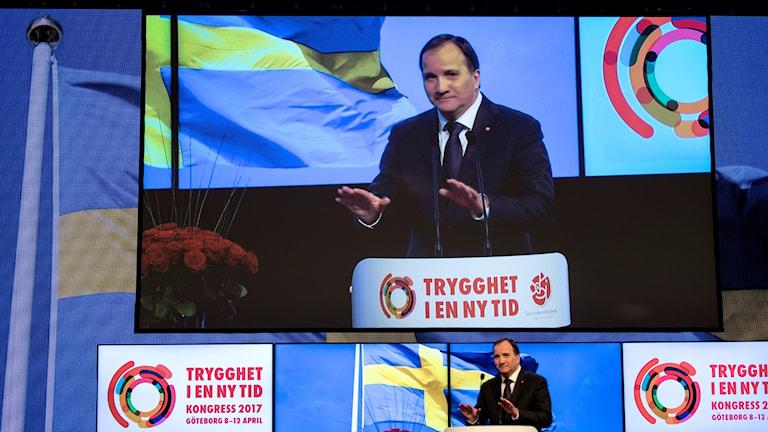 Statsminister Stefan Löfven (S) omvaldes vid kongressen i Svenska Mässan.