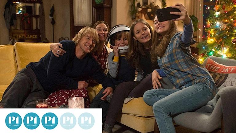 Hela familjen samlad i filmen Wonder. Foto: Nordisk Film.
