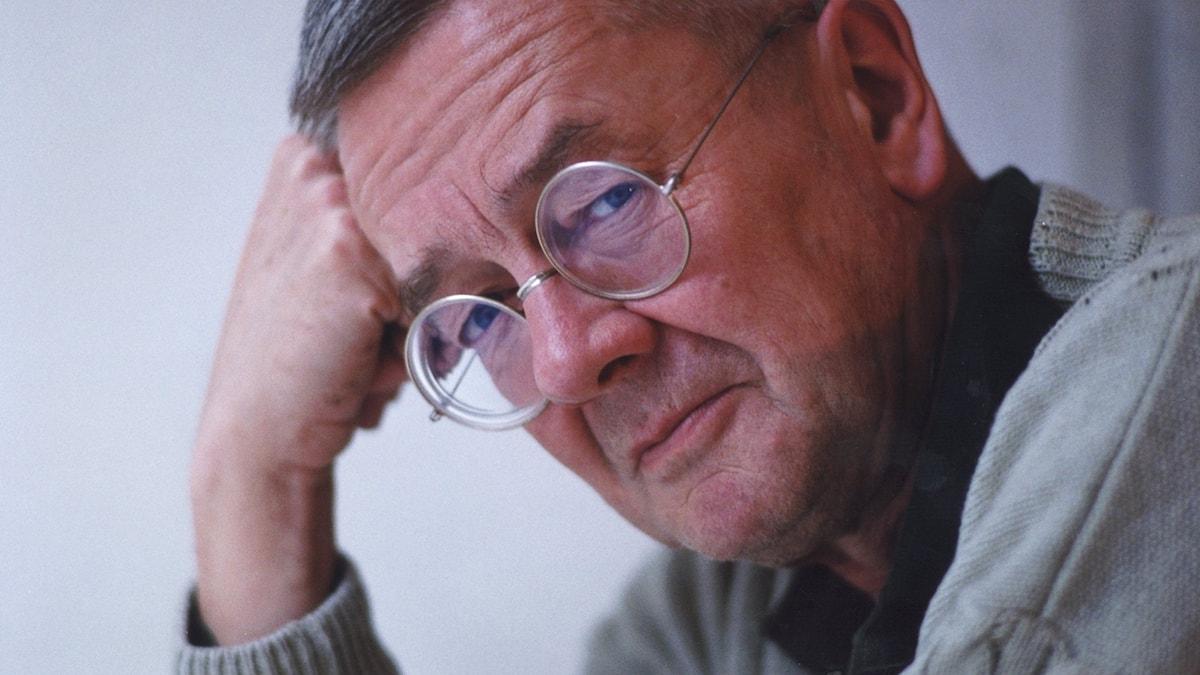 Författaren och journalisten Anders Ehnmark 1990.