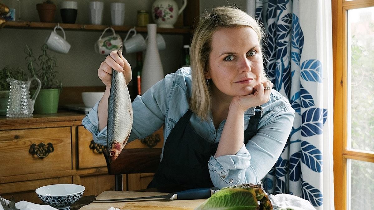 """Steffi Knowles-Dellner ska ge ut en kokbok med titel """"Lagom"""""""