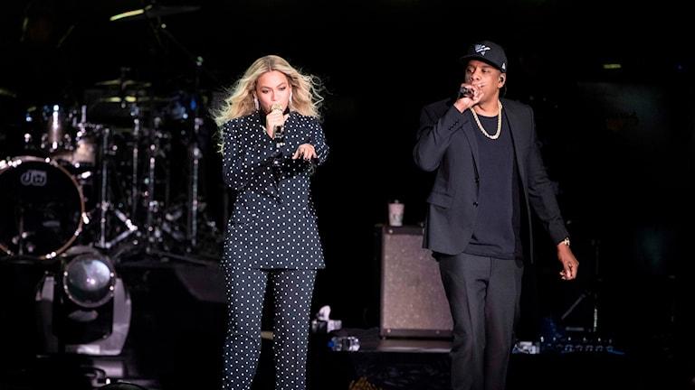 Beyoncé och Jay-Z släpper album