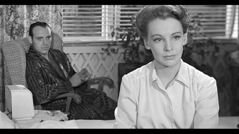 Ulf Palme och Signe Hasso i Sånt händer inte här från 1950. Foto: Louis Huch/Svensk Filmindustri