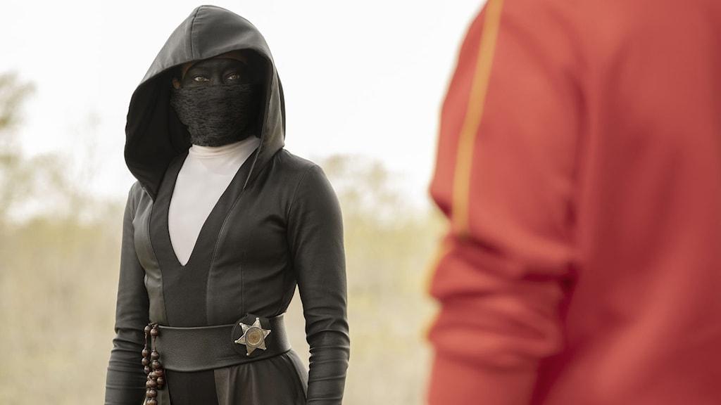"""Regina King spelar en av de maskerade brottsbekämparna i tv-serien """"Watchmen""""."""