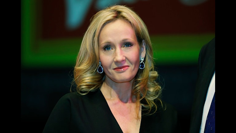 JK Rowlings deckarpseudonym avslöjades för några veckor sen. Foto: Lefteris Pitarakis/SCANPIX