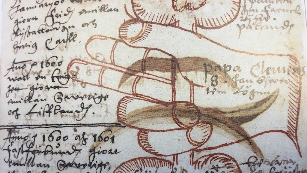 """Påvens hand som den - enligt Klint - visade sig över Stockholms himmel år 1600. Reproduktion ur boken """"Järtecken""""."""