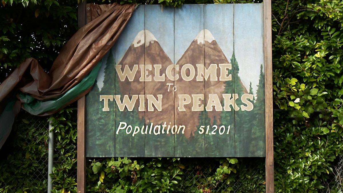 """Välkomna tillbaka till """"Twin Peaks""""."""