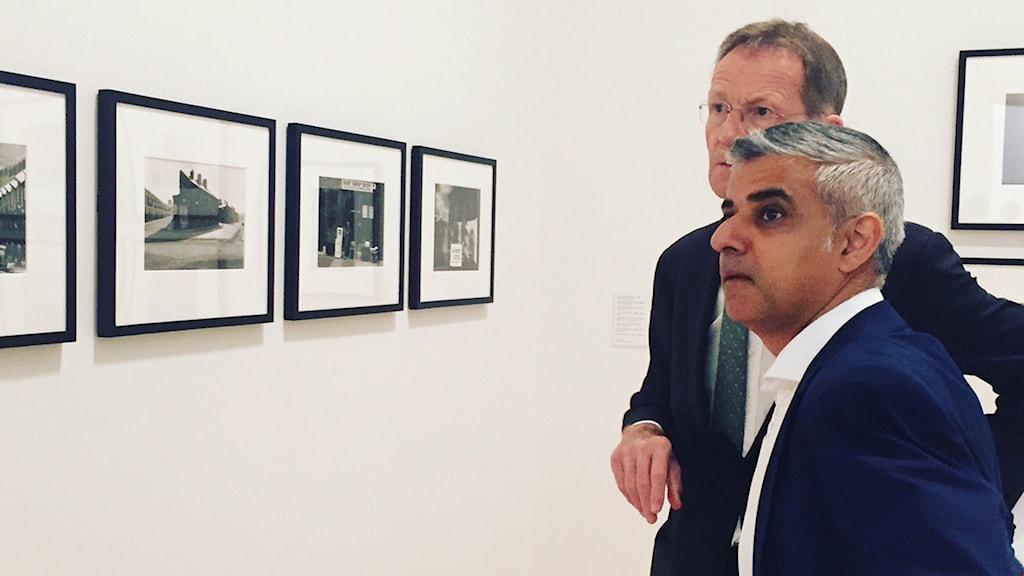 Borgmästare Sadiq Khan och Tate Moderns chef Nicholas Serota.