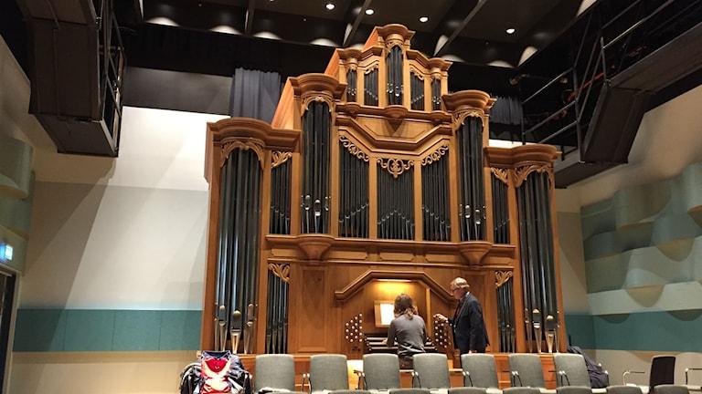 Orgeln i Nathan Milstein-salen på Kungliga musikhögskolan. Foto: Berit Nygren/SR.
