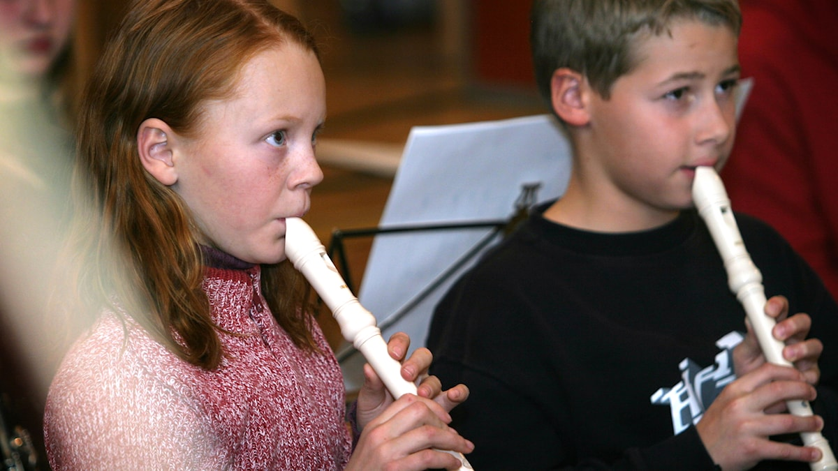 Barn som lär sig flöjt i den kommunala kulturskolan. Foto: Mats Åstrand/TT