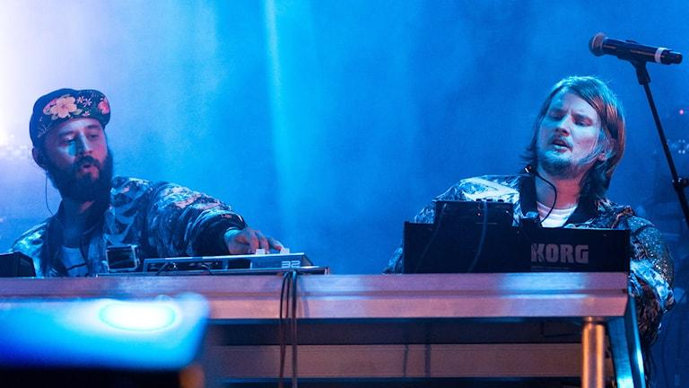 Röyksopp på scenen under Øyafestivalen i Oslo. Foto: Audun Braastad/TT