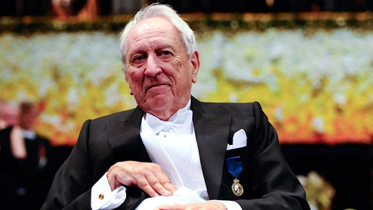 Tomas Tranströmer tog emot Nobelpriset i litteratur 2011. Foto: Henrik Montgomery/TT