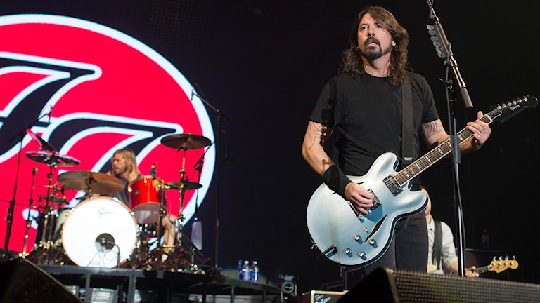 Foo Fighters på scenen. Foto: AP/TT