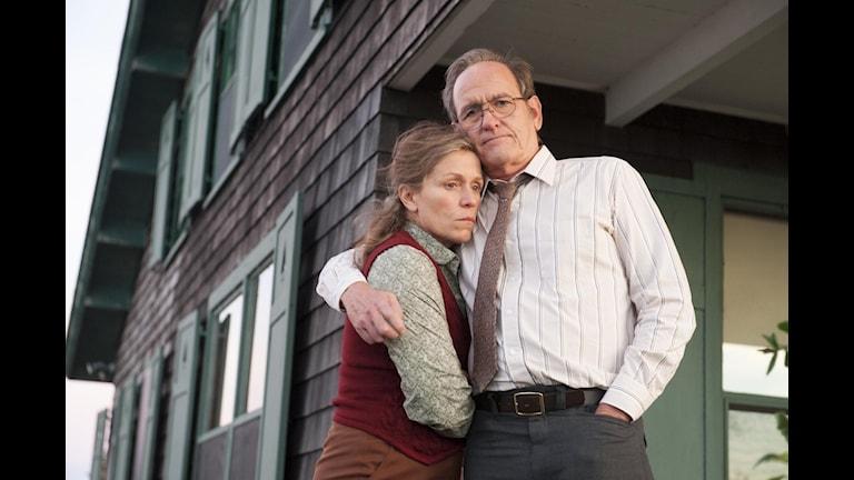 Frances McDormand och Richard jenkins i serien Olive Kitteridge. Bild: HBO