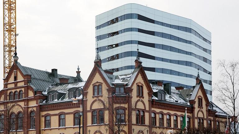 Stora Hotellet i Umeå och i bakgrunden kulturarenan Väven. Foto: Johan Gunséus/TT