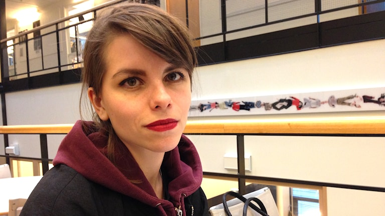 """Anneli Ström-Villaseca, filmstudent: """"Det är ett ganska stort demokratiproblem. Att folk från olika bakgrunder inte får synas och höras"""". Foto: Ulrika Lindqvist/SR."""