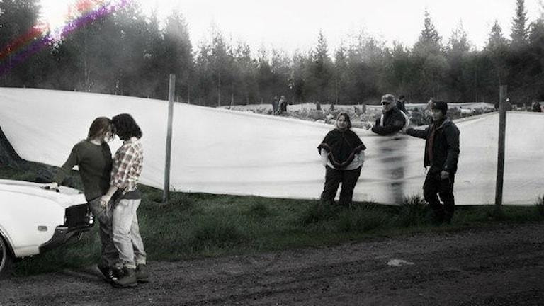 Från Queering Sápmis fotoutställning. Fotograf: Sara Lindquist.