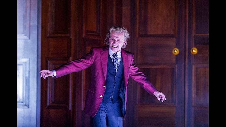 Johan Ulveson som Orgon i Molières Tartuffe Foto Ola Kjelbye