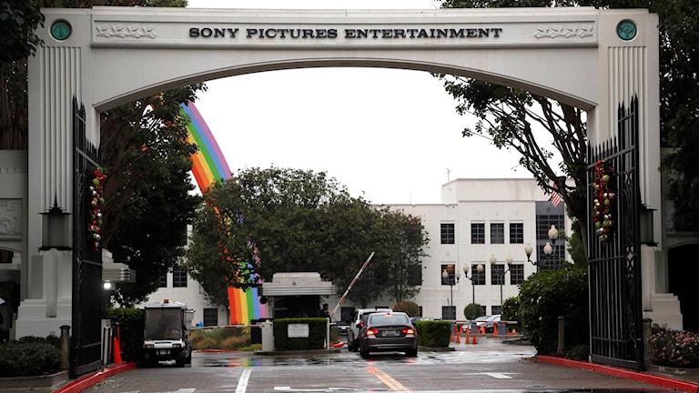"""Filmbolaget Sony har stoppat premiären av """"The interview"""". Foto: Nick Ut/AP/TT"""