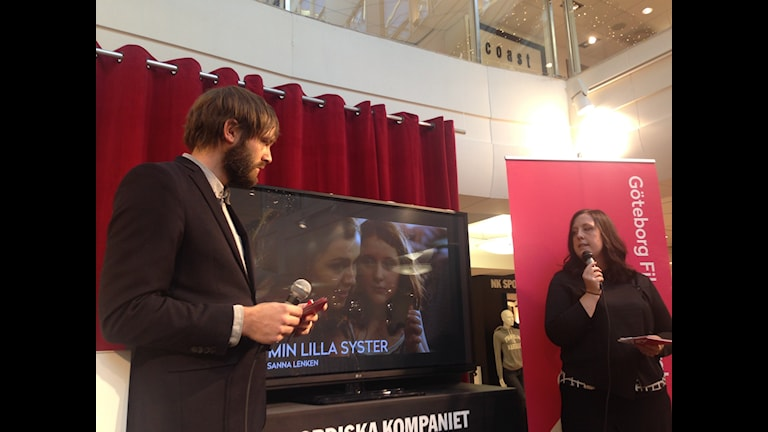 Jonas Holmberg och Mirja Wester på Göteborgs filmfestival presenterar tävlingsfilmerna för 2015. Bild: Emma Engström