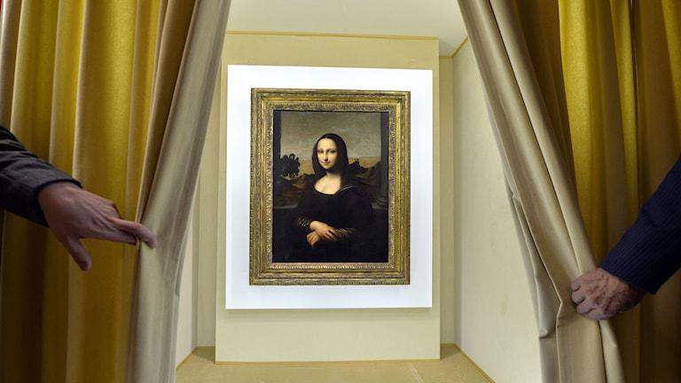 Mona Lisa - snart på en skärm nära dig. Foto: AP Photo/Keystone, Martial Trezzini