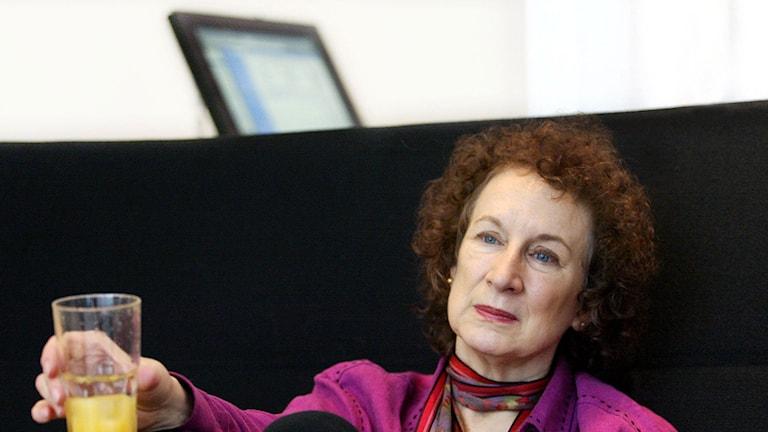 Margret Atwood med ryggen mot det digitala. Foto: Roger Lundsten / SCANPIX