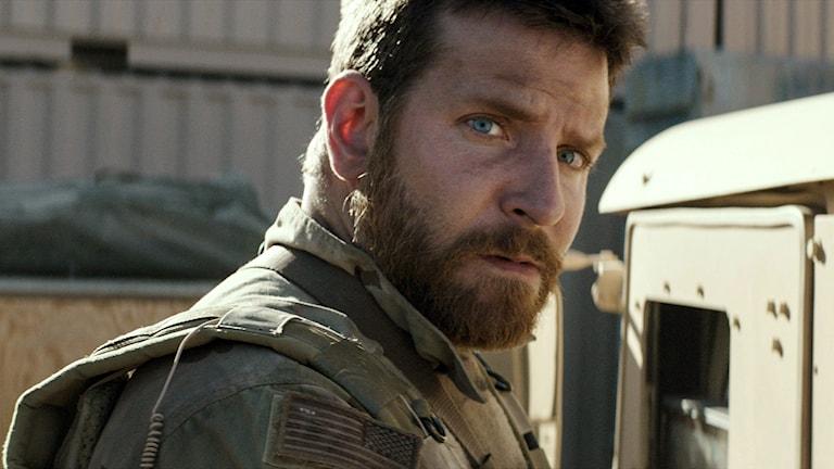 "Bradley Cooper i ""American Sniper"". Foto: AP/Warner Bros.Pictures/TT"