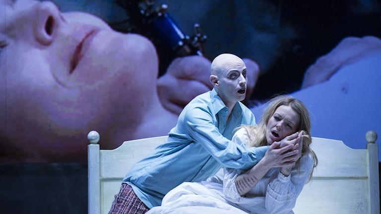 Written on skin, Kungliga operan. Bernhard Landauer - The Boy; Elin Rombo - Agnès.