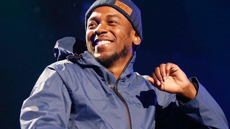 """Kendrick Lamar överraskade med albumet """"Untitled unmastered"""". Foto: Jack Plunkett/Invision/AP/TT"""