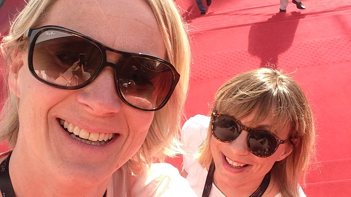 Emma Engström och Lisa Bergström på röda mattan i Cannes. Foto: SR