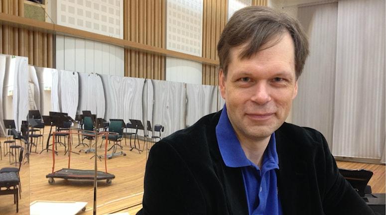 Dirigent Patrik Ringborg. Foto: Natalija Sako/SR